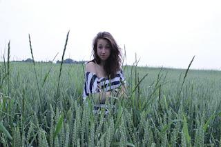 Hot Girl Naked - rs-IMG_4832-751208.jpg