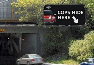 Funny picture: 'Police hiding here'