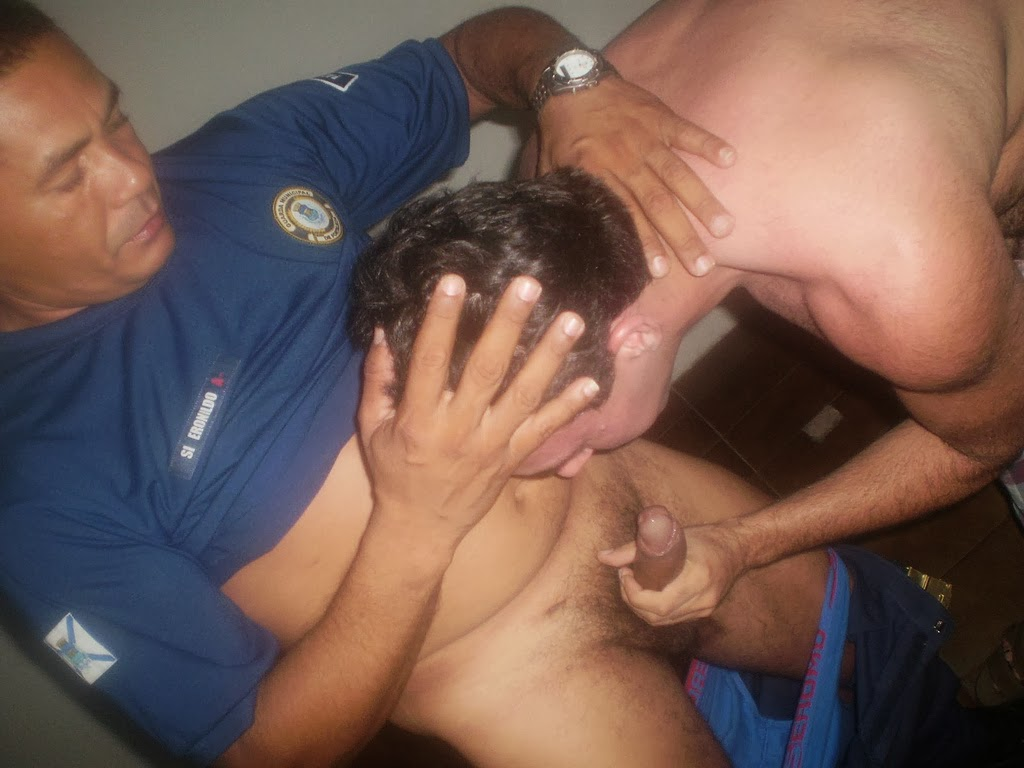 Grupos de sexo interracial gay