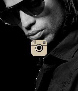 https://instagram.com/arcangel/