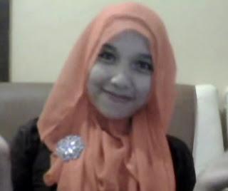 Cara Memakai Jilbab Kreasi Segi Empat Kreasi Terbaru