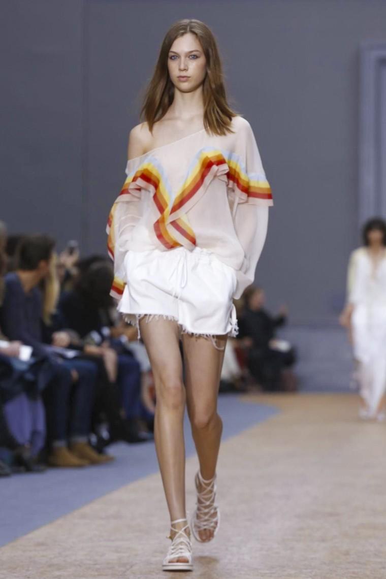 chloe, chloe-ss16, chloe-spring-summer, chloe-spring-summer-2016, chloe-spring, chloe-printemps-eté, chloe-printemps-ete-2016, du-dessin-aux-podiums, dudessinauxpodiums, vintage-look, dress-to-impress, dress-for-less, boho, unique-vintage, alloy-clothing, venus-clothing, la-moda, spring-trends, tendance, tendance-de-mode, blog-de-mode, fashion-blog, blog-mode, mode-paris, paris-mode, fashion-news, designer, fashion-designer, moda-in-pelle, ross-dress-for-less, fashion-magazines, fashion-blogs, mode-a-toi, revista-de-moda, vintage, vintage-definition, vintage-retro, top-fashion, suits-online, blog-de-moda, blog-moda, ropa, asos dresses, blogs-de-moda, dresses, tunique-femme, vetements-femmes, fashion-tops, womens-fashions, vetement-tendance, fashion-dresses, ladies-clothes, robes-de-soiree, robe-bustier, robe-sexy, sexy-dress