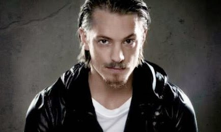 Actor Joel Kinnaman known from Johan Falk - Run All Night - RoboCop 2014