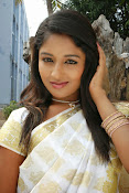 Eesha Ranganath Photos-thumbnail-12