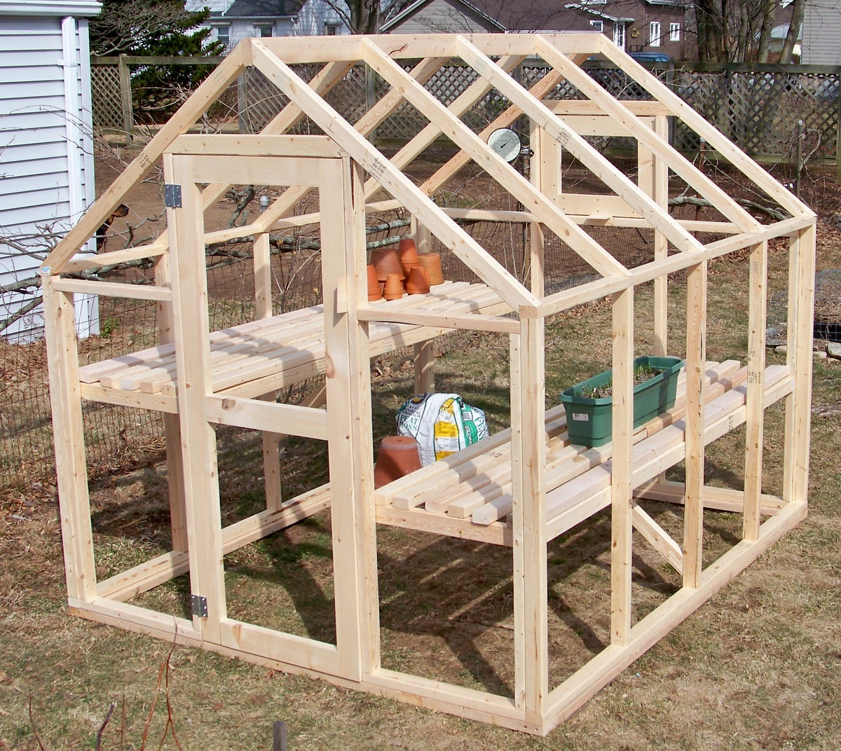 Bepa 39 s garden building a greenhouse for Small wooden greenhouse plans