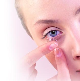 Makeup And Contact Lens