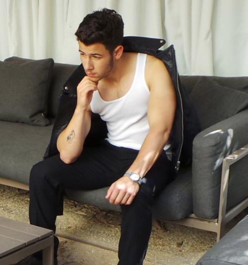 VJBrendan.com: Yes Please Nick Jonas on Instagram