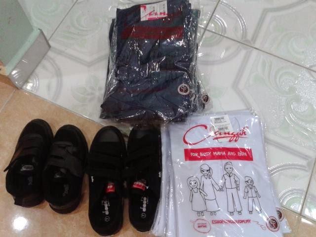 Membeli kelengkapan sekolah di Tesco Kota Bharu