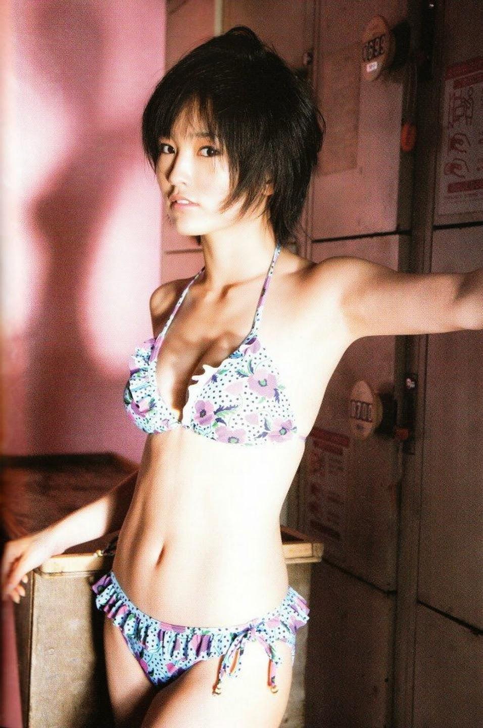 ls- nude imagesize: 956x1440 101 Nao Kanzaki and a few friends: Sayaka Yamamoto: Sayagami photobook scans #2