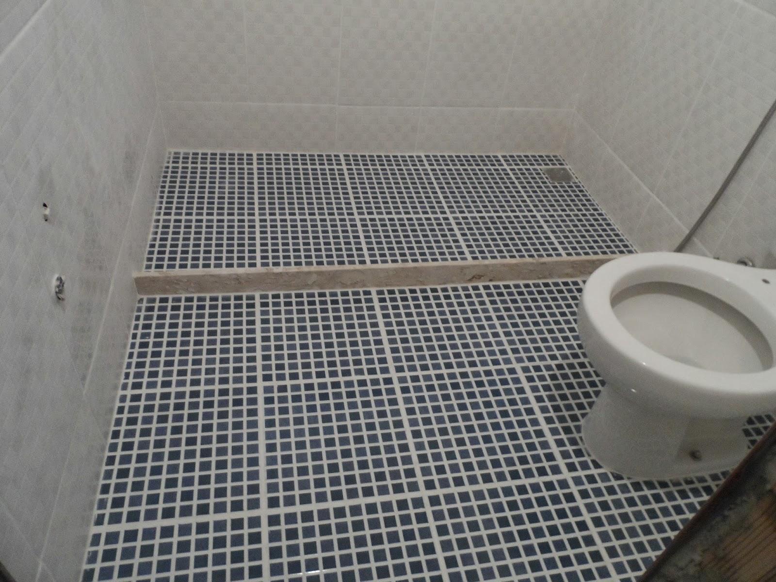 Minha casa te inspira: Banheiro azul e Branco #58534A 1600x1200 Banheiro Branco Com Rejunte Azul
