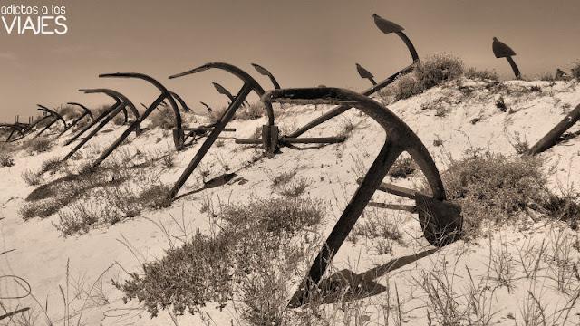 Cementerio de anclas en el Algarve