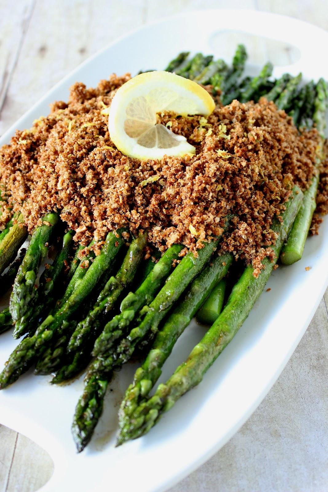 http://www.kudoskitchenbyrenee.com/2014/07/grandmas-asparagus-with-seasoned.html
