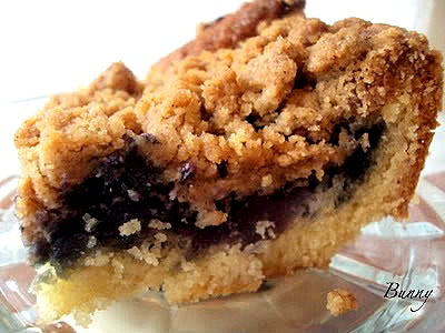 Bunny's Warm Oven: Blueberry Buttermilk Crumb Cake