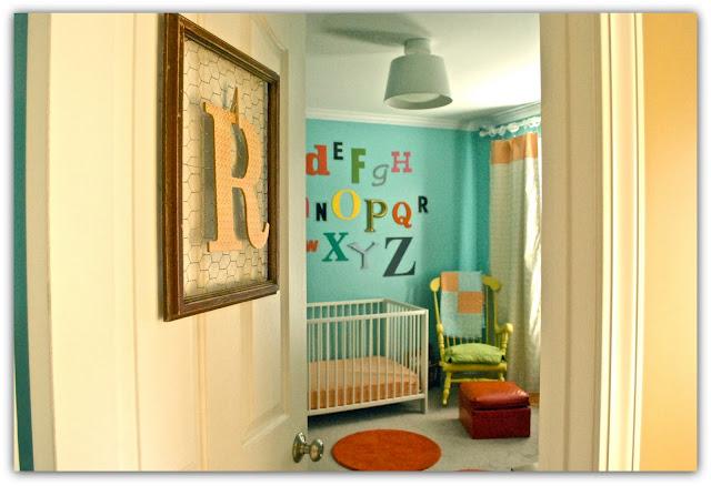 Jolie chambre { Turquoise , orange , multicolore } | Cerise et ...