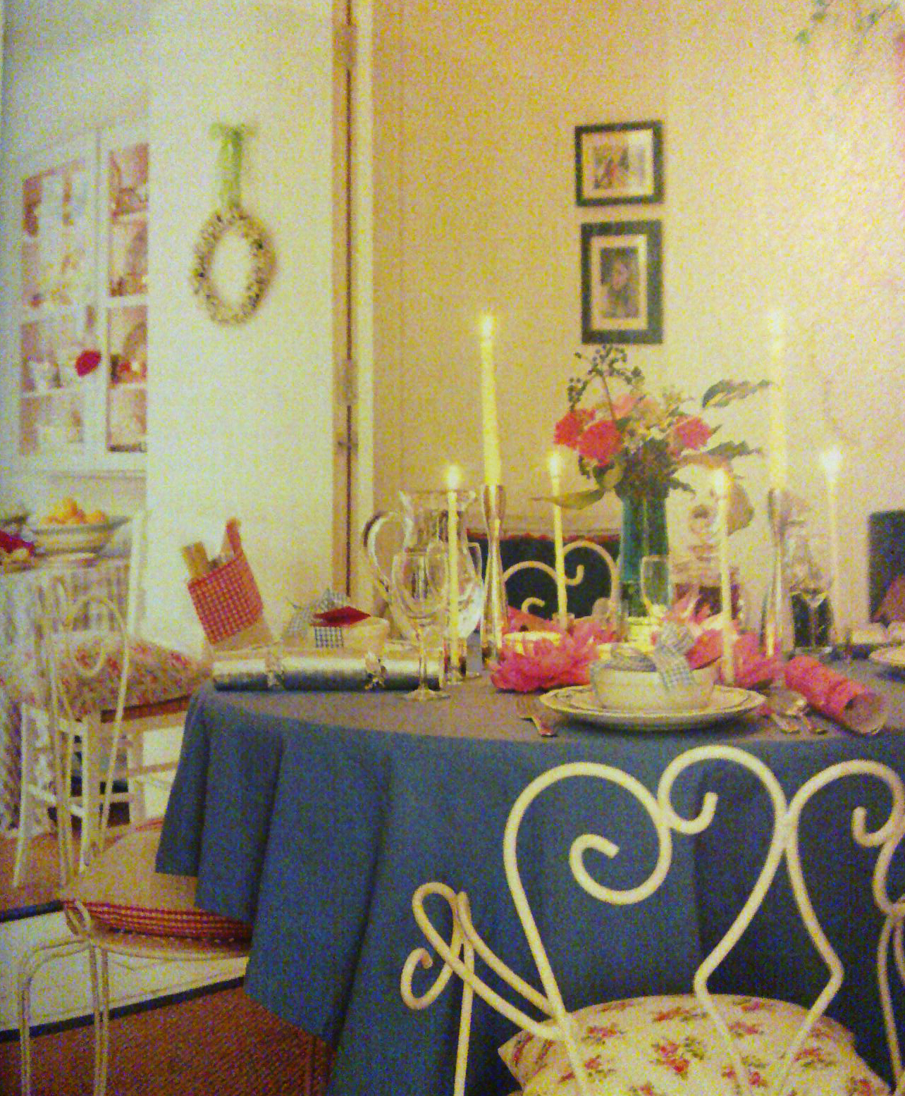 pandyinteriordesigner dining room of romantic style