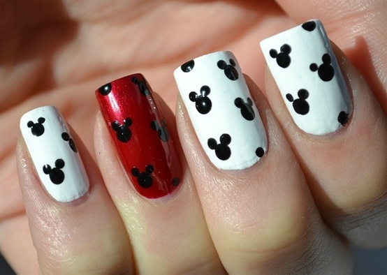 4 as well 30 Dark Blue Nail Art Design besides Nail Clippers as well Unas Para Tu Dia T72959 as well Disney Nail Art. on animal toe nail designs