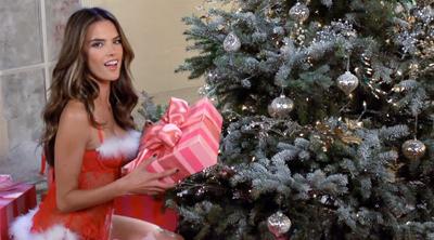 Victoria's Secret vídeo para Navidad 2012