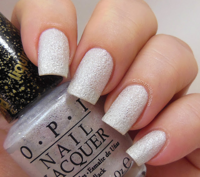 OPI Solitaire Liquid Sand swatch