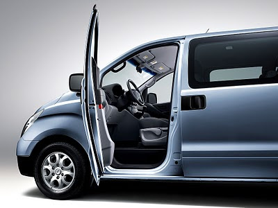 Hyundai H1 Review, Price, Interior, Exterior 02