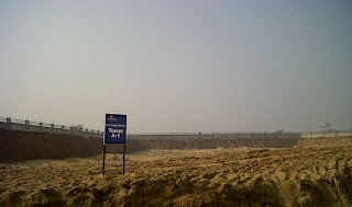 Golf Country, Yamuna Expressway :: Construction Status on July 2014:-Tower A-1 Studio 590 sq ft