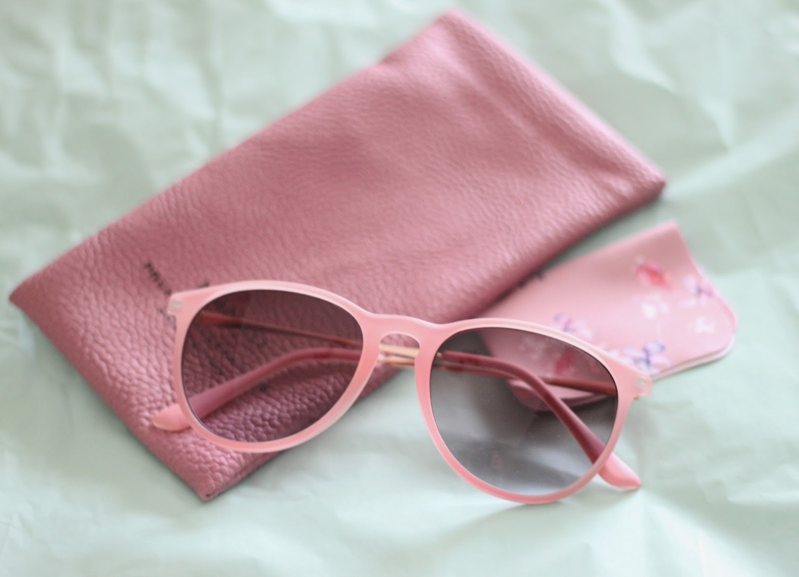 photo-gafas-mango-nude-rosa
