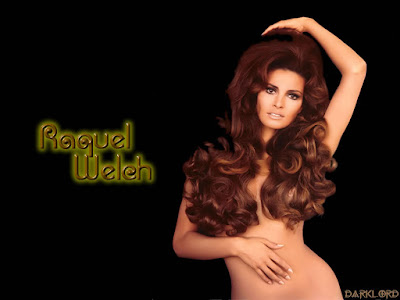 Raquel Welch Nude Wallpaper