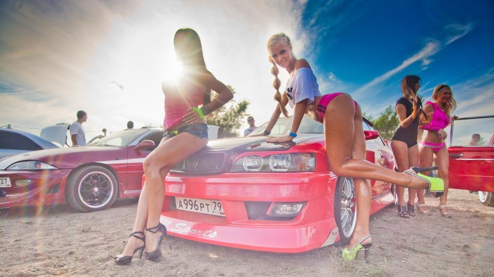 Toyota Chaser X100, fotki z pannami przy samochodach