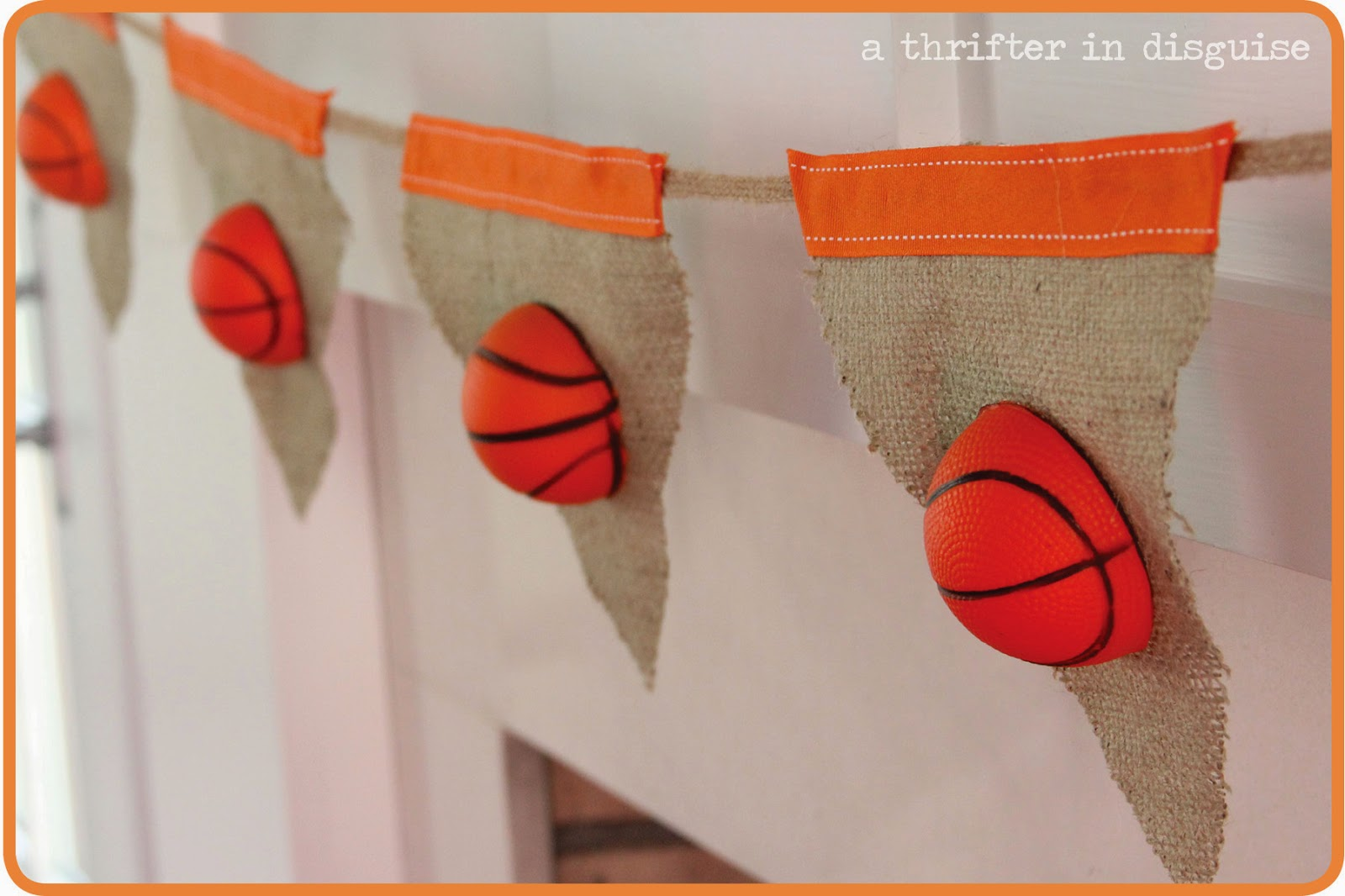 Easy Decoration for Basketball Fan Party