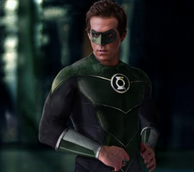 Ryan Reynolds Green Lantern Costume on Online  Green Lantern Movie  2011