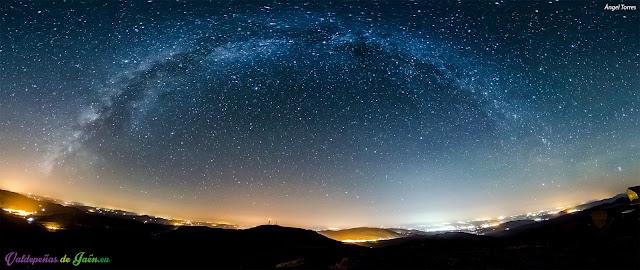 Vía Láctea o Camino de Santiago sobre la Reserva Startlight