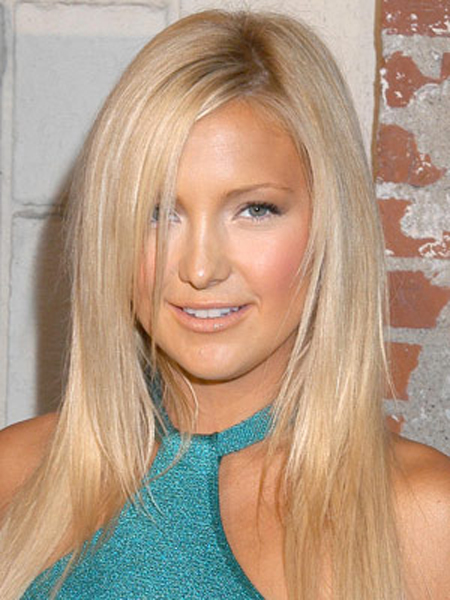 Kate Hudson's Long, Diagonally Parted Layers And Smooth Finish Give