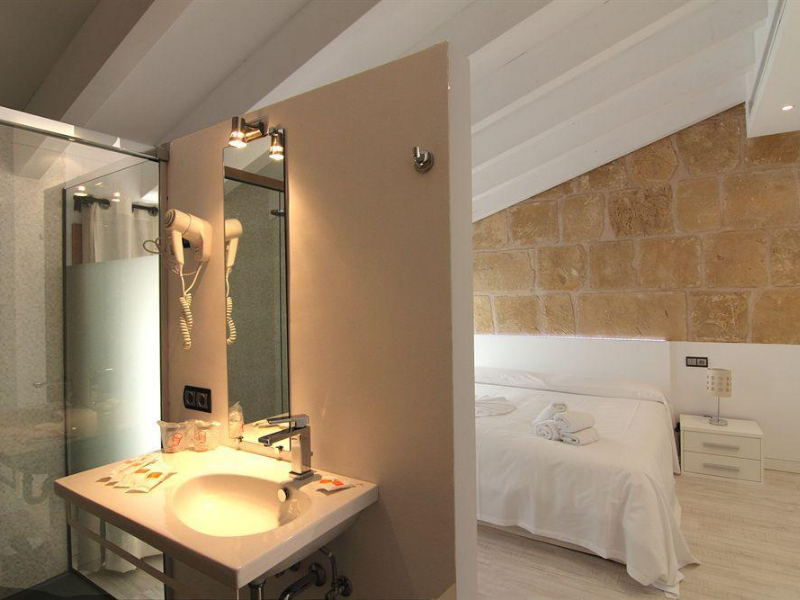 Alcudia Petit Hotel (Alcudia)