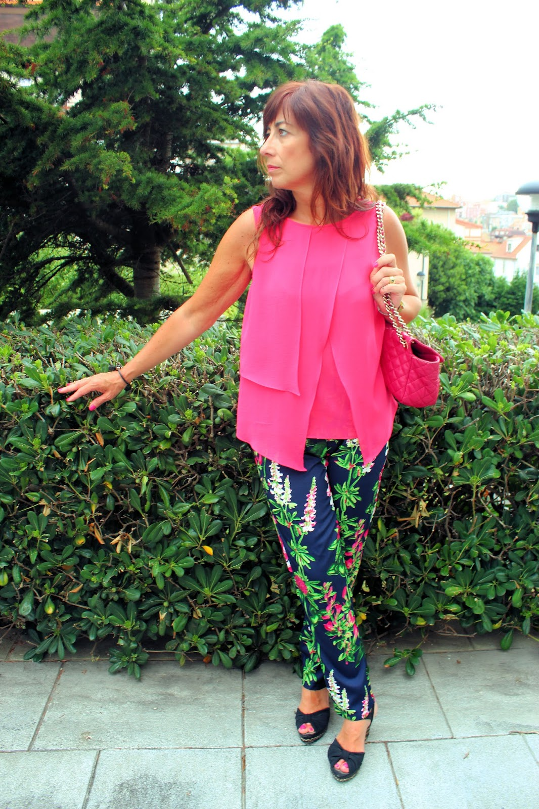 Br jula de estilo mis looks pantal n flores - Brujula de estilo ...
