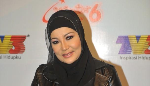 Ramlah Ram Terima Ugutan Selepas Akaun Facebook Dan Twitter Digodam
