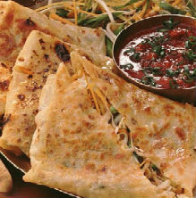 chinese stuffed paratha with tomato kethchup