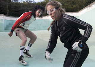 Cheyenne (played by Sean Penn) plays handball in an empty swimming pool with his firefighter wife Jane (played by Frances McDormand) in This Must Be the Place (2011), Directed by  in Paolo Sorrentino