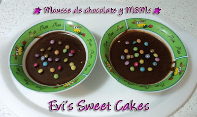 Mousse de chocolate con m&m