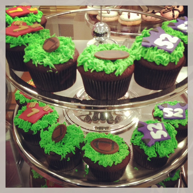 Georgetown Cupcake - Super Bowl Cupcakes