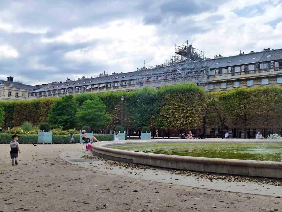 Art de vivre la peinture de peintrefiguratif croquis au for Au jardin du port le palais