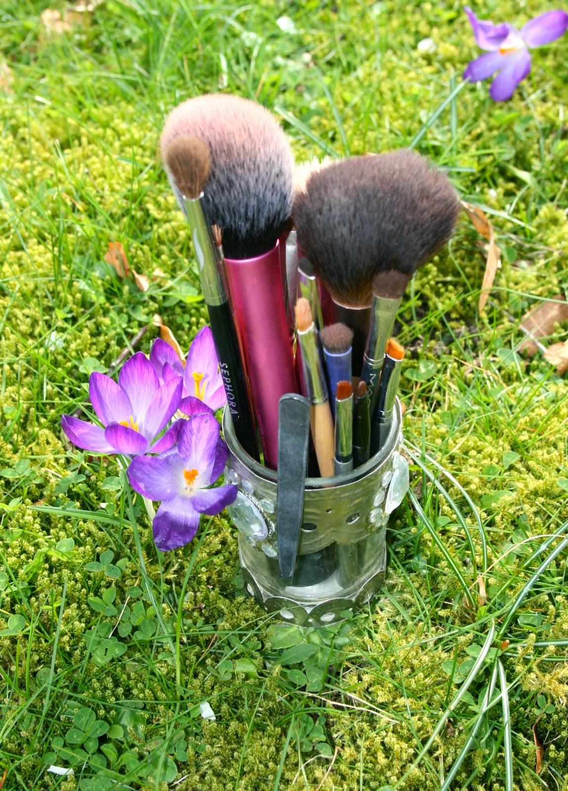 makeup-brushes-spring