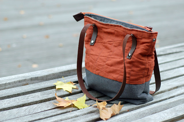 Brick and checkered shoulder/messenger bag with leather straps - Seashore Collection - Mundo Flo on Etsy