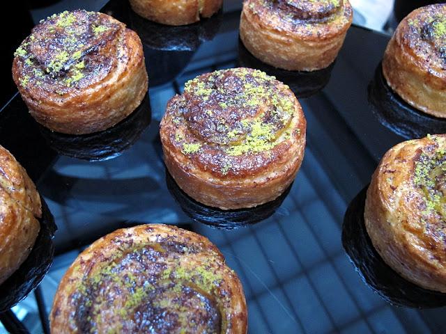Yann Couvreur, Hôtel Le Burgundy - Escargots pistache et chocolat