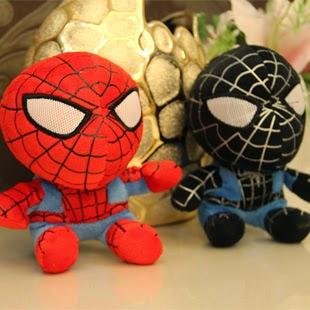 Boneka unyu yang mengadopsi karakter pahlawan super Spiderman.