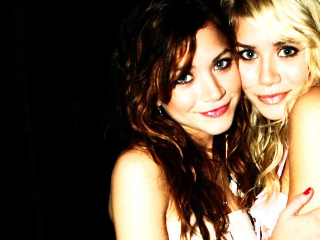 http://4.bp.blogspot.com/-jxSa7_VHE5g/Tx3p7KCHMFI/AAAAAAAAAT4/g42D0Ar-YD0/s1600/MK-A-mary-kate-and-ashley-olsen-3501136-1024-768.jpg