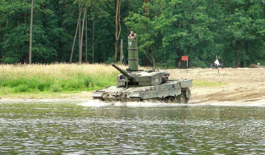 Tank Leopard Bisa Menyelam dalam Air