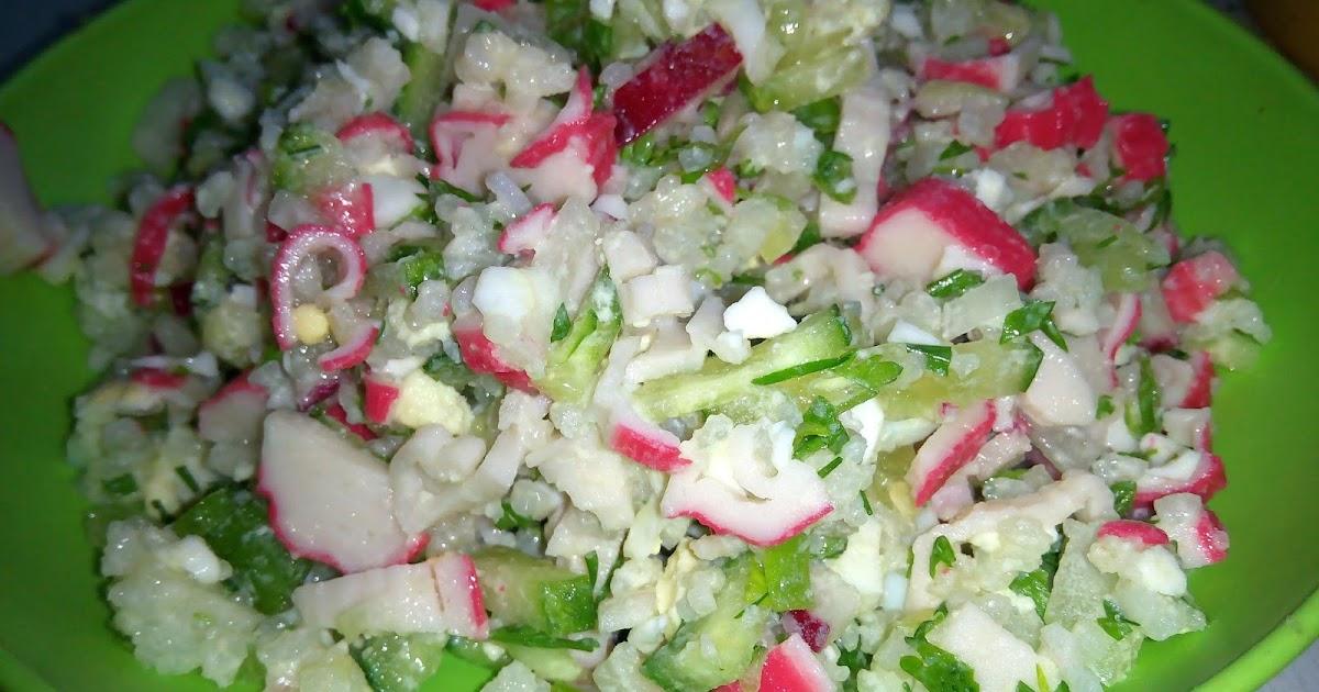 Крабовый салат рецепт классический с огурцом и кукурузой с