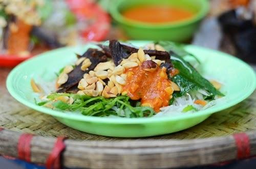 Những món ăn vặt lạ miệng ở Hà Nội