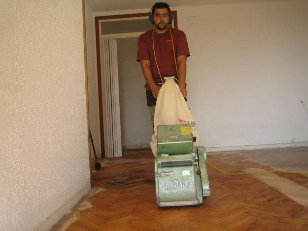 Centro de innovaci n inmobiliario pulido de pisos de madera - Reparar piso parquet ...