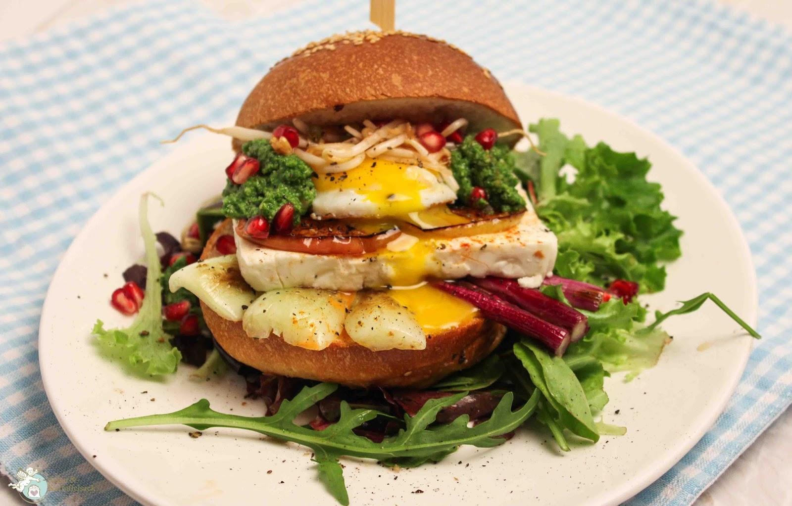amor kartoffelsack vegetarischer greek burger mit feta. Black Bedroom Furniture Sets. Home Design Ideas