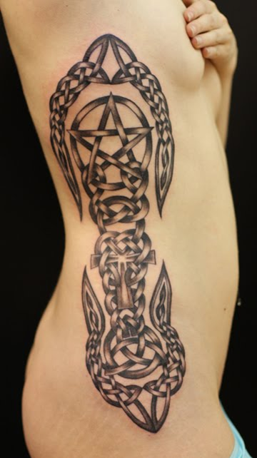 cool celtic tattoo designs thevulpecula. Black Bedroom Furniture Sets. Home Design Ideas